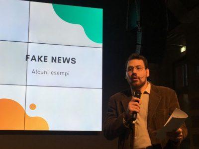 """L'autore alla Cariplo Factory durante l'evento """"la politica e i media nell'era della post-verità"""""""